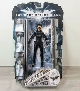 """Catwoman The Dark Knight Rises Batman """"Movie Masters"""" Collector Catwoman Figure"""