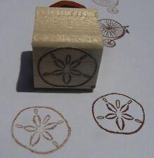 P24 Sand dollar rubber stamp WM Miniature