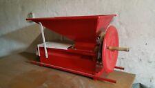 Traubenabbeermaschine TA 1000 Traubenmühle Abbeermaschine
