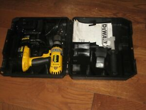 DEWALT HAMMER DRILL XRP 18v  DC988, 2 BATTERIES, CHARGER - TOP CONDITION