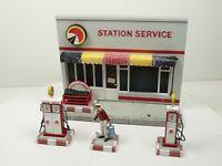 Diorama 1/43 Atlas Station Service plastique 15 cm sur 11 cm de haut