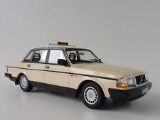 VOLVO 240 GL 1986 TAXI 1/18 Minichamps PMA 155171494 244 Limousine