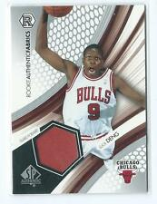 2004-05 SP Authentic Luol Deng Rookie Authentic Fabrics JERSEY RELIC RC BULLS