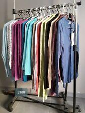 DESTOCKAGE VÊTEMENTS: Lot de 20 hauts tshirts gilets femme neufs revendeur L188