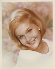 Carol Lynley beautiful 1960's studio portrait smiling in white outfit