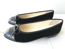 $795 CHANEL CLASSIC BLACK VELVET AND PATENT LEATHER CAPTOE BALLET FLATS 39