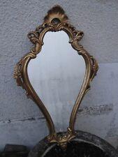 Petit miroir Louis XV en stuc doré
