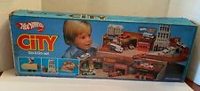 Vintage Mattel Hot Wheels City Stop & Go Set 1980
