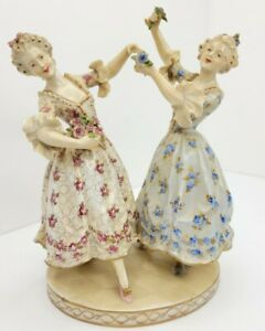 Antique Austrian Royal Vienna Victorian Porcelain Figurine Two Ladies Dancing