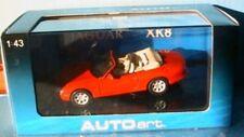 JAGUAR XK8 CABRIOLET PHOENIX RED AUTOART # 53711 1/43 ROADSTER monte metal ROT