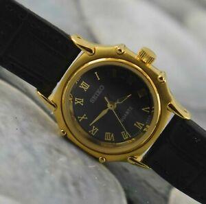 Vintage SEIKO Quartz Modified Wrist Watch For Women's Wear Working Good W-9474