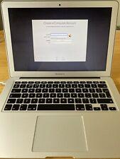Apple MacBook 13.3 pulgadas 2017 1.8gHz i5 Air 8GB de Ram Plata-A1466-limpio INSTALL