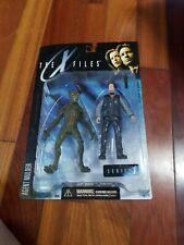 McFarlane Toys Agent Fox Mulder & Alien Action Figure series 1