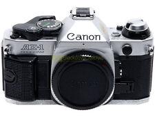 Canon AE1 program, reflex semiautomatica a pellicola con otturatore elettronico.