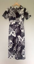 Black And White Floral Print Jumpsuit Cropped Size 8 RRP £45
