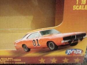 1:18 Dodge 1969 Charger General Lee Dukes of Hazzard TV Series Bo & Luke Duke