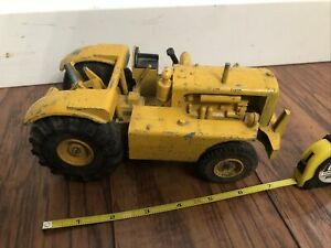 Caterpillar Cat DW10 Tractor with - Reuhl Products Scale Model MFG