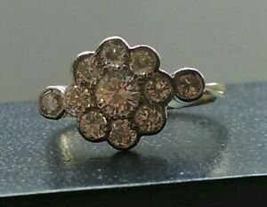 18ct gold old cut diamond ring. Lovely sparkle
