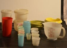 GROS LOT D ANCIEN TUPPERWARE POT A LAIT GLACE ESKIMO YAOURT