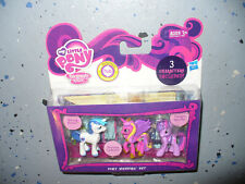 "My Little Pony - Pony Wedding Set - 2"" action figure 3 pack - dated 2011"