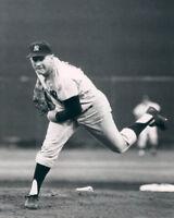 NY New York Yankees WHITEY FORD Glossy 8x10 Photo Baseball Print Poster