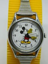 Mickey Mouse Lorus  white dial Ladies Watch /flex metal silv tone band /lot 568