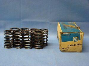 1955 - 1965 Chevrolet 265 283 Valve Springs 348 409 Outer GM 3836331 NOS C10 C20