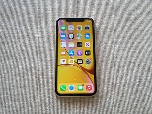 Apple iPhone XR  – READ!