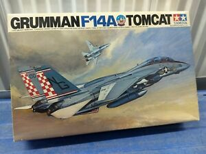 Tamiya Model Plane Grumman F-14A Tomcat 1/32  #60301 OPEN BOX!! LOOK!!