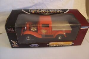 ROAD SIGNATURE - FORD 1934 PICK UP ( PRO STREET )  1:18 DIECAST TRUCK