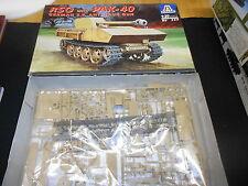 ITALERI 355, 1/35 RSO WITH PAK-40 GERMAN S.P. ANTI TANK GUN PLASTIC MODEL KIT