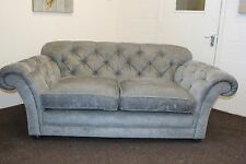 WADE HENRY CHESTERFIELD STYLE MEDIUM 3 SEATER FABRIC SOFA IN GREY FABRIC