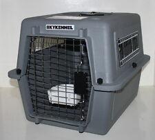 Hunde-Transportbox Modell Sky Kennel von Petmate Kunststoff grau 81 x 57 x 61 cm