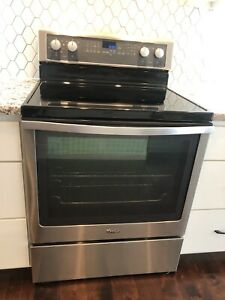 Whirlpool 30-in Electric Range Smooth Top Convection Stainless Steel
