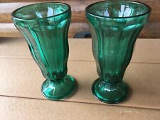 VINTAGE DEEP GREEN ANCHOR HOCKING TALL ICE CREAM SUNDAE / MILKSHAKE GLASS