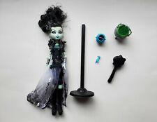 Monster High Frankie Stein + Accessories