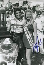 Giacomo Agostini main signé YAMAHA 12x8 Photo MotoGP 3.
