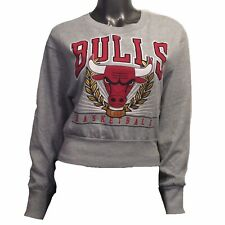Chicago Bulls NBA Women's M Cropped Pullover Graphic Sweatshirt CLEARANCE