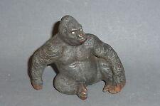 Alter Lineol sitzender Gorilla Bobby