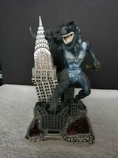 1998 Godzilla Trendmasters Toho Electronic Light Up Bank Empire State Building