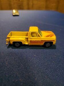 vtg Yatming Chevy Stepside pickup truck - yellow Sunshine Chevrolet