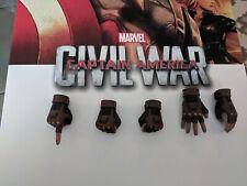 Hot Toys Civil War Capt America extra hands