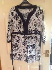 Ladies Tunic Style Top Size 10 By Tu