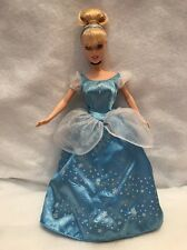 Disney Sparkle Princesses Cinderella Dazzling Light Up Dress Doll