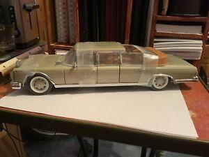 sunstar 1/18 Mercedes Benz 600 Landaulet Convertible Stretch