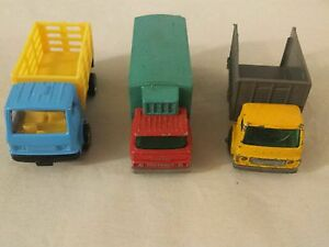 Lot of 3 Diecast Delivery Box Trucks 2 Lesney Matchbox and 1 Maisto