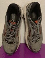 Brooks Dyad 9 1102311D035 Running Shoes Sneakers Men's SZ 10.5 Gray Red Black