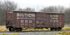 """Custom Weathered ExactRail HO """"Southern"""" PS 5277 Waffle Side Boxcar"""