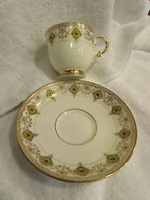 VTG PLANT Tuscan China TEACUP AND SAUCER Made In England Design Detail Gold Rims