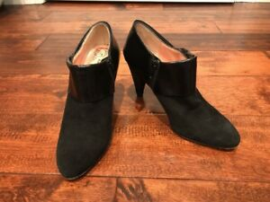 Nanette Lepore Black Suede Ankle Booties Heels, Size 6